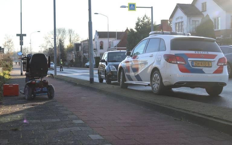 Scootmobielbestuurder gewond na aanrijding met auto in Winschoten.