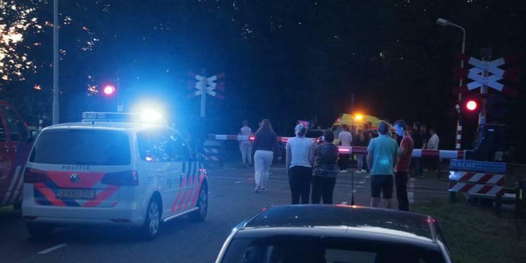 Automobilist omgekomen bij botsing met trein in Echten.