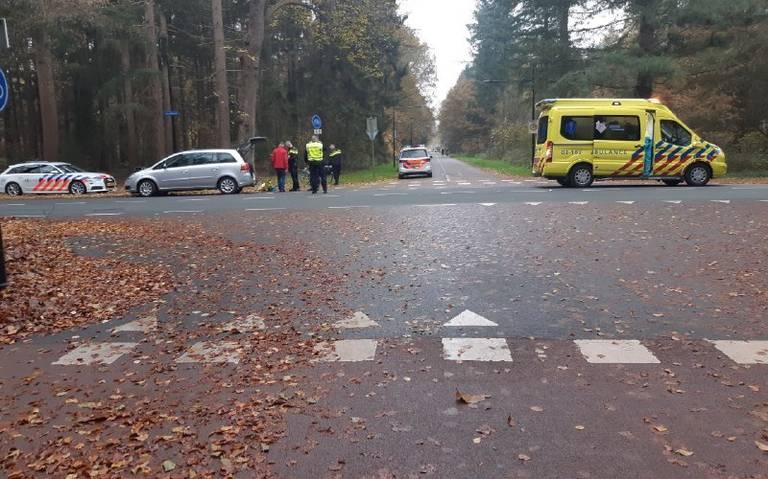 Fietser gewond bij ongeluk op Rode Heklaan in Assen.
