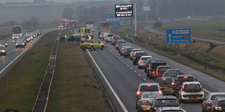 Ongelukken zorgen voor veel verkeershinder rondom Groningen.