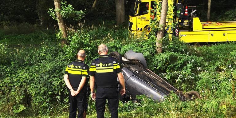 Automobilist bekneld bij ongeluk Westerbork.