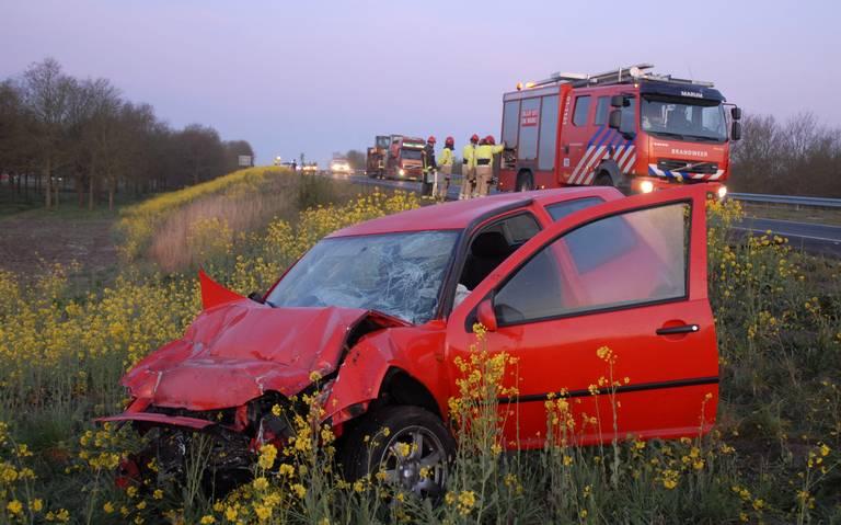Automobilist gewond bij ongeluk op A7 tussen Marum en Groningen.