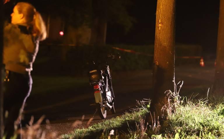 Brommerrijder raakt zwaargewond bij eenzijdig ongeval in Niebert.
