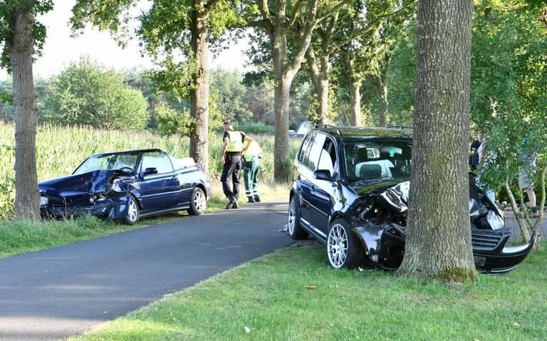 Vier gewonden bij auto-ongeval in Zevenhuizen.