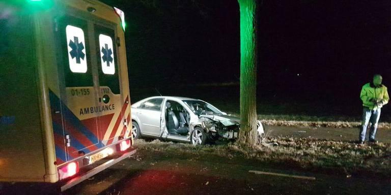 Twee gewonden na ongeluk Ter Apelerstraat Sellingen.