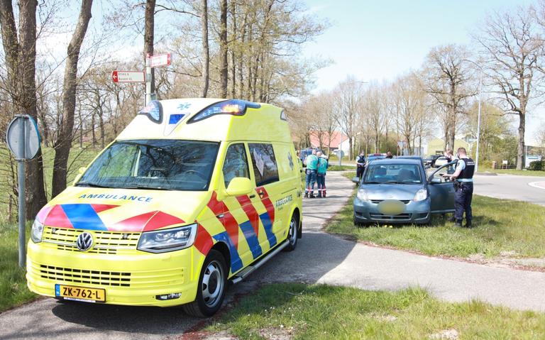 Auto-ongeluk met twee voertuigen bij De Punt.