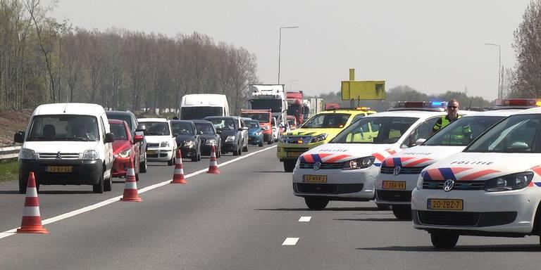 Kettingbotsing op A28 tussen Zuidwolde en De Wijk.