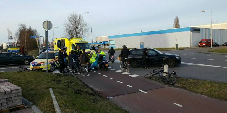 Gewonde bij aanrijding Bornholmstraat Groningen.