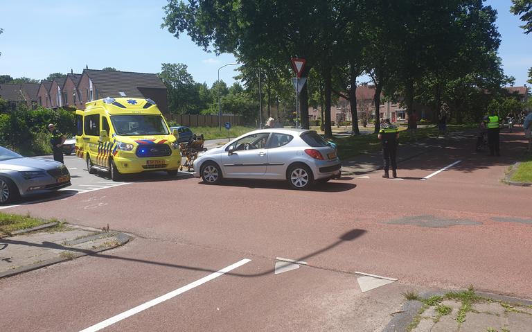 Scooterrijder gewond bij aanrijding in Assen.
