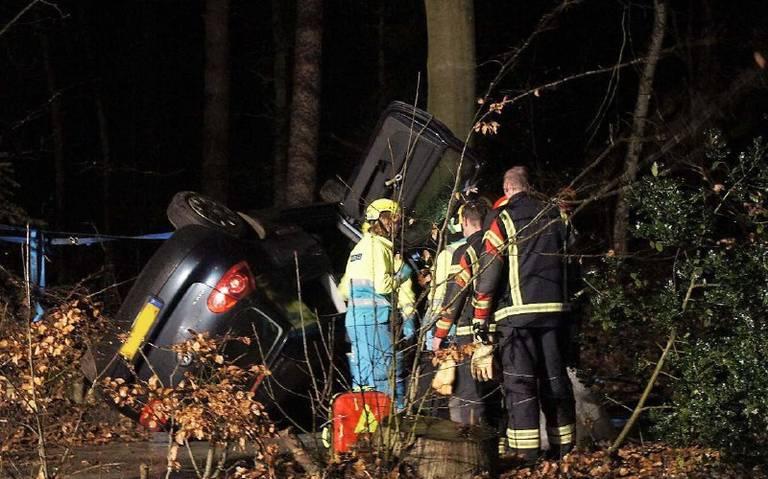 Twee gewonden na auto ongeval in Emmen.