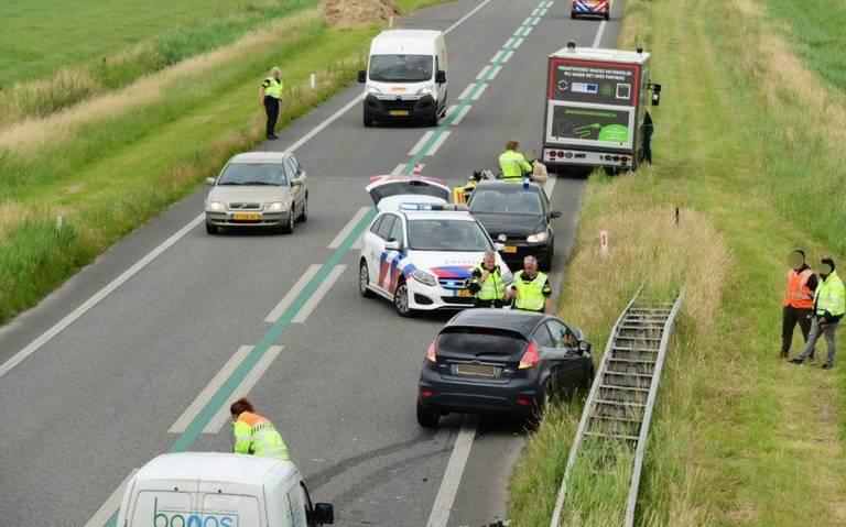 Twee ongelukken kort na elkaar op Eemshavenweg bij Huizinge.