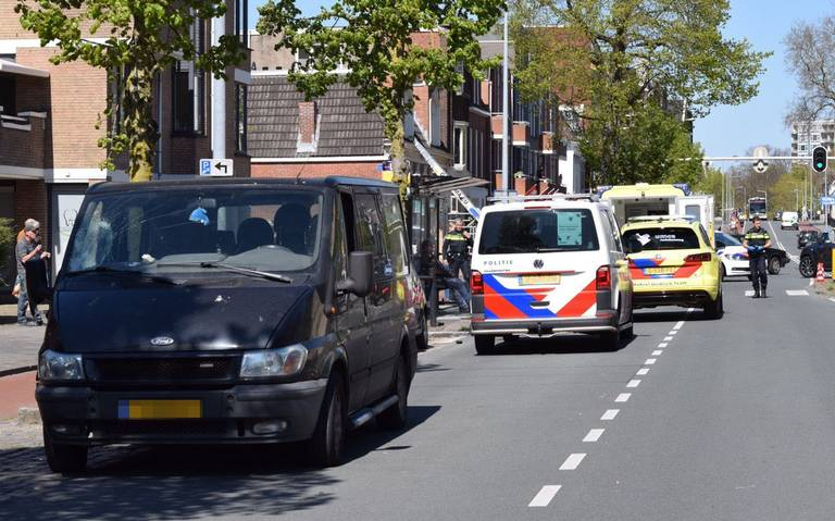 Gewonde bij aanrijding op Verlengde Hereweg in Groningen.