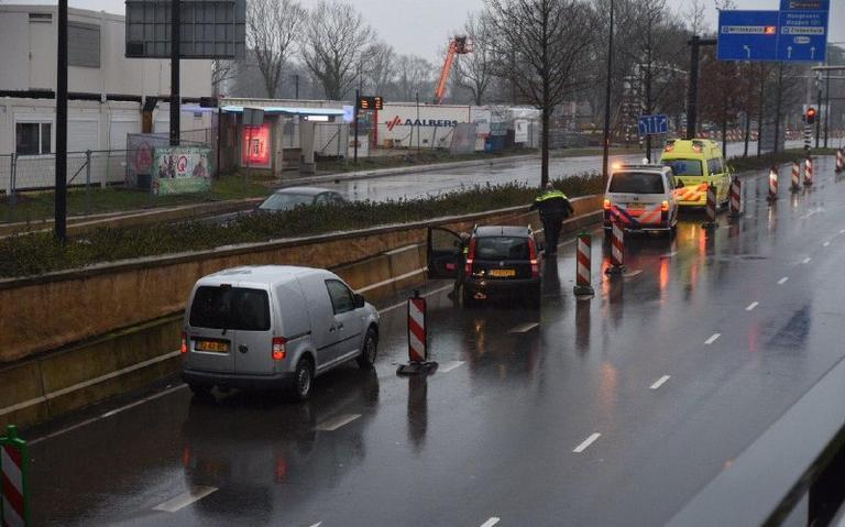 Kop-staartbotsing op Hondsrugweg bij Emmen.