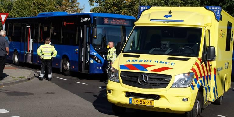 Vrouw aangereden door bus in Groningen.