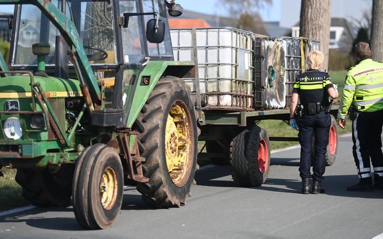 Scooterrijder gewond na botsing met tractor in Kolham.
