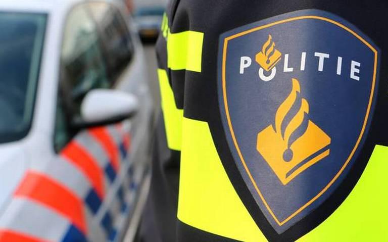 Auto aangereden bij verkeersruzie in Leeuwarden.